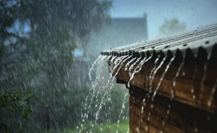 Chiêm bao thấy mưa bão được xem là giấc mơ mang điềm báo không may về công việc cho chủ nhân
